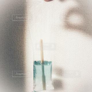 溶けたアイスの写真・画像素材[2374976]