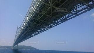 明石大橋の下の写真・画像素材[2325500]