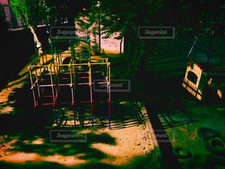 夜の校庭の写真・画像素材[2340764]