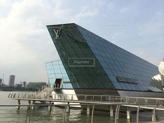 シンガポールのルイヴィトンの写真・画像素材[2336047]