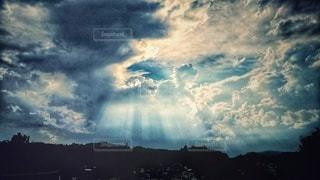 天使の梯子の写真・画像素材[2341591]