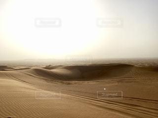 ドバイの夕日の写真・画像素材[2328188]