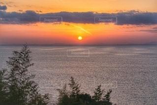 瀬戸内海の夕陽の写真・画像素材[2397017]