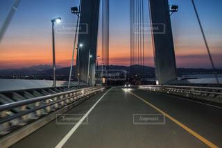 夕焼けドライブの写真・画像素材[2478332]