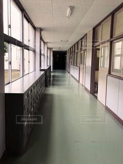 学校の廊下の写真・画像素材[1174347]