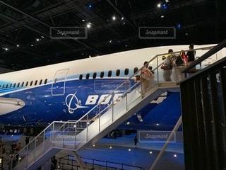 空港の大型飛行機の写真・画像素材[2335735]