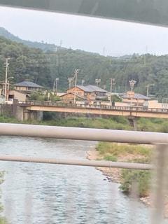 水域に架かる橋の写真・画像素材[2335756]