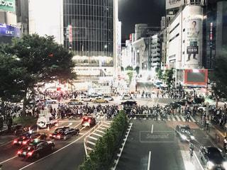 明るい夜 渋谷にての写真・画像素材[2338813]