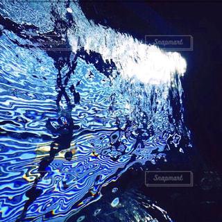光と水の写真・画像素材[2356100]