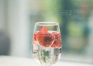 ワインを一杯飲むの写真・画像素材[3139734]