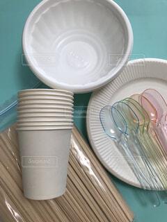 簡易な食器の写真・画像素材[3660239]