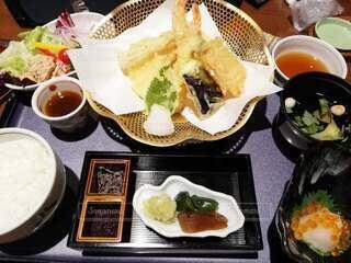 天ぷら定食の写真・画像素材[4031043]