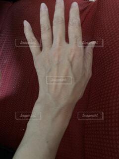 浮き出ている血管の写真・画像素材[4755266]