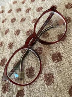 愛用の眼鏡の写真・画像素材[4763326]
