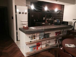 リノベーション後のキッチンの写真・画像素材[2367217]
