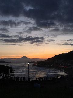 稲村ヶ崎からの夕日の写真・画像素材[2361524]