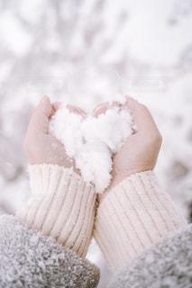 ハート型の雪の写真・画像素材[2845752]