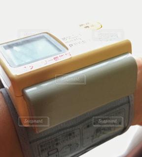 デジタル自動血圧計の写真・画像素材[2374328]