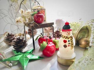 クリスマスの飾りとキャンドルの写真・画像素材[2647044]