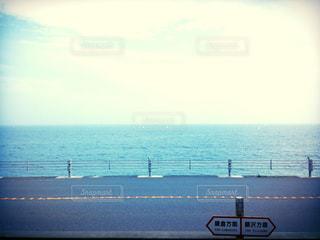 鎌倉高校前駅から見える風景の写真・画像素材[2374541]
