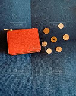 赤いお財布の写真・画像素材[2906136]