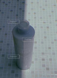 青と白のタイルの写真・画像素材[3164735]