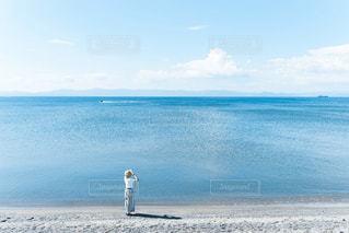 湖を見つめての写真・画像素材[2901922]