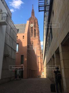 都会の高い建物の写真・画像素材[2376338]