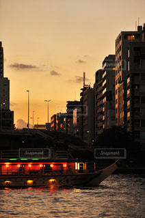 東京の夕暮れの写真・画像素材[2399387]