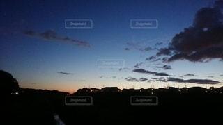 夕暮れ時の写真・画像素材[2387952]