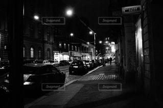 プラハの夜の写真・画像素材[2391369]