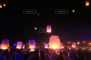 チェンマイの夜の写真・画像素材[2391530]