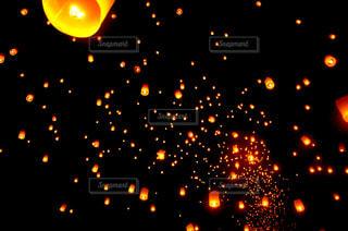 チェンマイの夜の写真・画像素材[2391547]