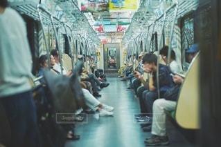 電車に揺られての写真・画像素材[2618421]