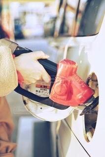 ガソリン給油風景。の写真・画像素材[3905024]