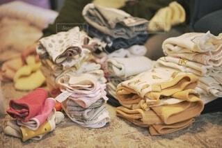 大量の洗濯物の写真・画像素材[4010288]