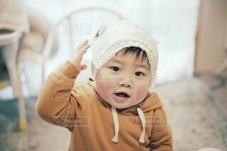 帽子を被った小さな少年。の写真・画像素材[4128126]