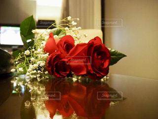 薔薇の贈り物の写真・画像素材[2767471]