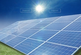 ソーラーパネルの写真・画像素材[2440621]