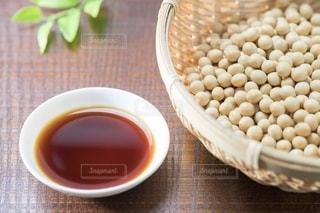 大豆と醤油の写真・画像素材[2478217]