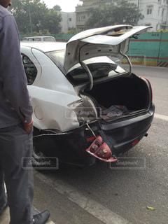 インドで玉突き事故の写真・画像素材[1441415]