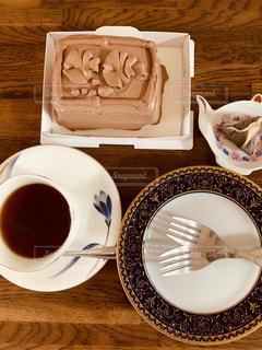 チョコレートケーキでティータイム。の写真・画像素材[2624248]