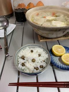 鍋物と炊きたてむかごご飯。の写真・画像素材[2929384]