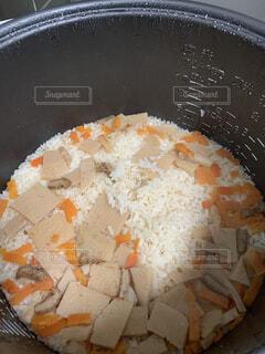 たけのこご飯が炊けました。の写真・画像素材[3861807]