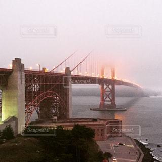 アメリカ・サンフランシスコにあるゴールデンゲートブリッジの写真です。の写真・画像素材[2398942]