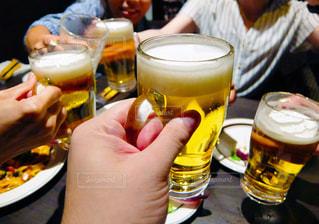 同期で飲み会の写真・画像素材[2488852]