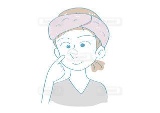 毛穴パック(白)をする女性の写真・画像素材[2637986]