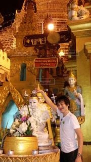 ミャンマーのシュエダゴンパゴダの写真・画像素材[2592226]