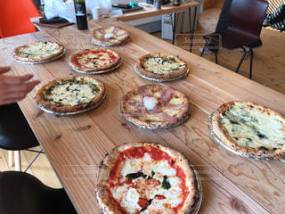 ピザがおいしいの写真・画像素材[2410883]
