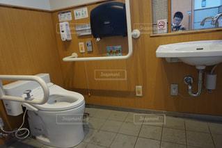 多機能トイレの写真・画像素材[2404006]